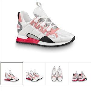 Good condition Louis Vuitton Runway sneakers